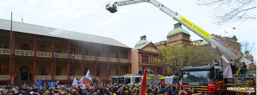 Striking firefighters hose down NSW Parliament House