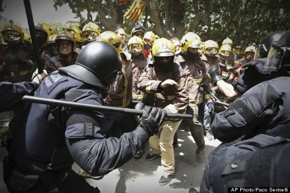 APTOPIX Spain FinancialCrisis